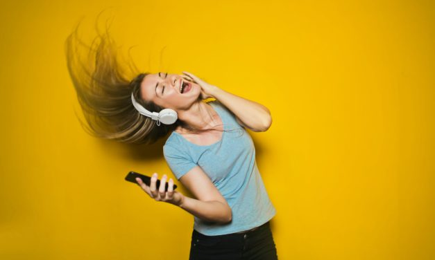 Google ahora reconoce canciones al taratearlas